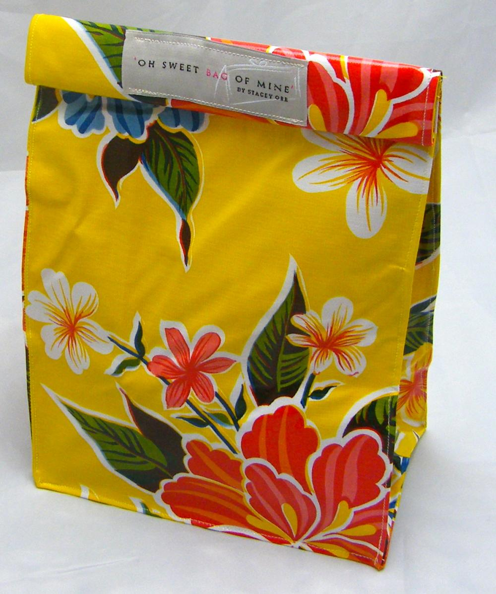 Oilcloth Lunch Bag: Hibiscus - Yellow