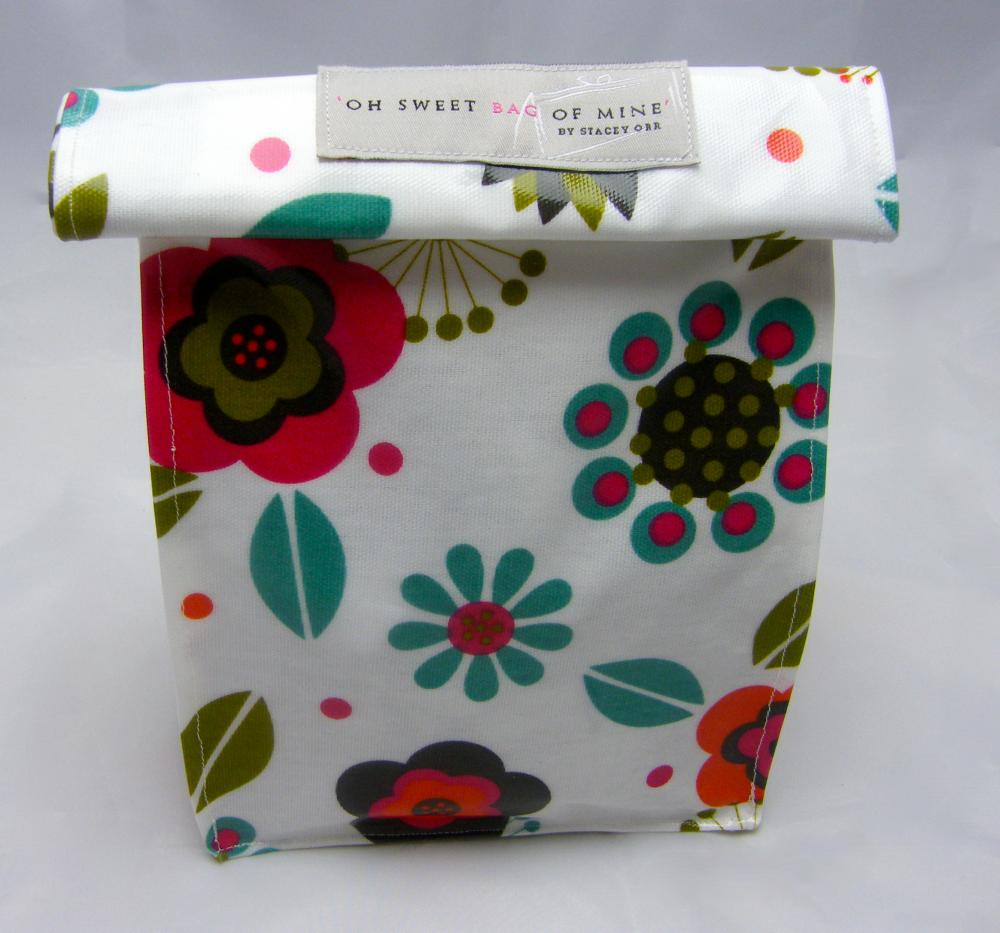 Oilcloth Lunch Bag - Folk Flowers
