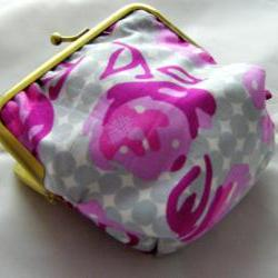 "4"" Silly Coin Purse - Pink Flowers on Grey Spots"